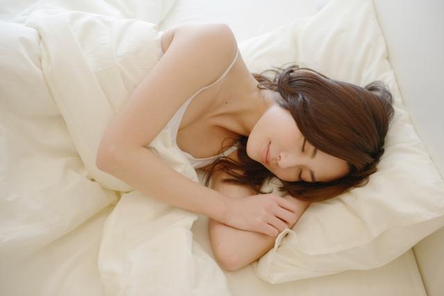 産後の肌荒れの原因であるホルモンバランスを整える習慣は?のアイキャッチ画像