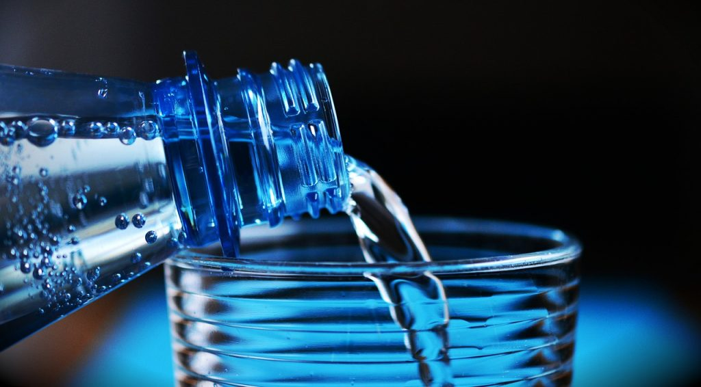 毎日2Lの水で体質改善
