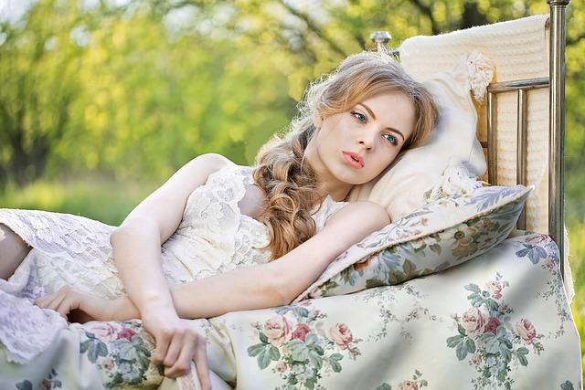 「産褥期の正しい過ごし方は?」のアイキャッチ画像