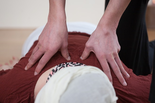 「乳腺炎を防ぐツボって?」のアイキャッチ画像